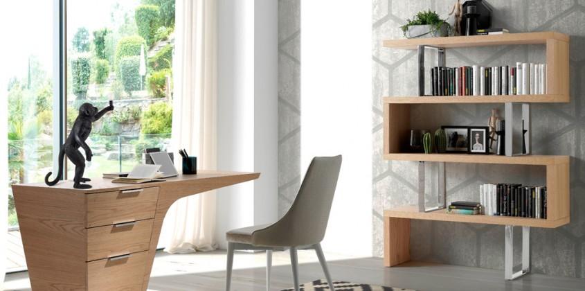 Mesas y estanterías